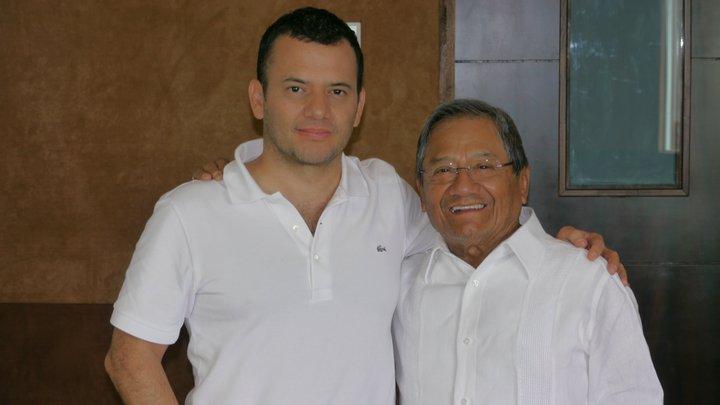 Arnoldo Castillo y Armando Manzanero