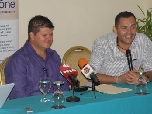 Kiko Robles y Henry Moya - Adondeirhoy.com
