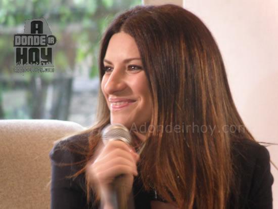 Adondeirhoy.com - Rueda de Prensa Laura Pausini en Costa Rica