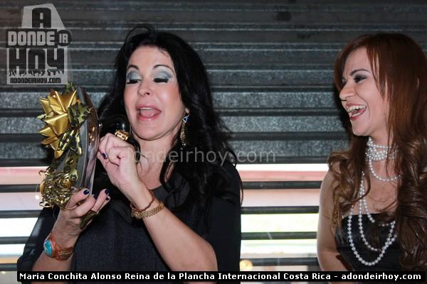 Ticos nombraron a Maria Conchita Alonso Reina de la Plancha Internacional
