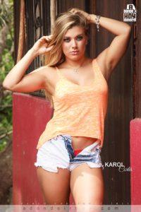 Karol Cortes Modelo Adondeirhoy Mayo 2015
