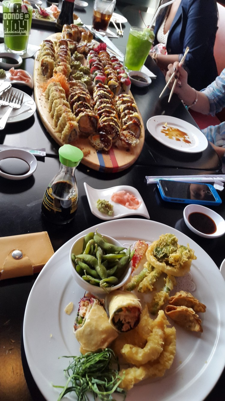 Tsunami Sushi Escazú Con Excelentes Platos