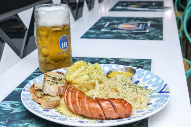 Illig Biergarten expande su cocina alemana