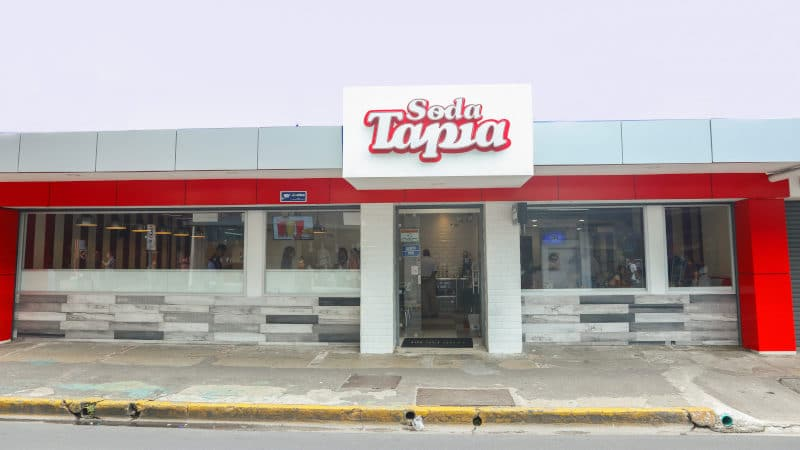 Soda Tapia abre local en San José Centro con mismo menú y calidad