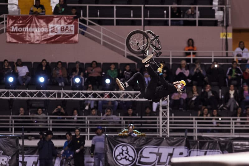 Kenneth Tencio en BMX